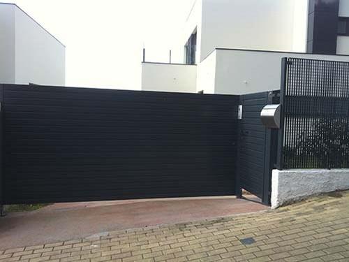 Puertas automaticas abatibles o batientes portagal - Precios puertas de garaje automaticas ...