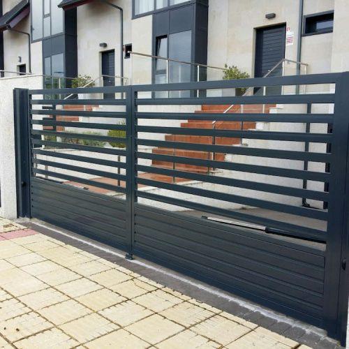 puerta-abatible-acero-galvanizado-3