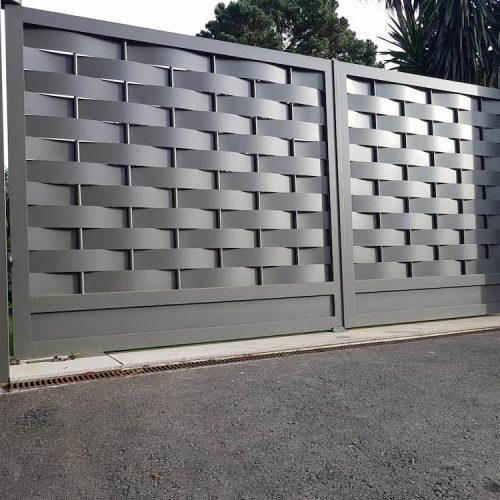 puerta-abatible-acero-galvanizado-5