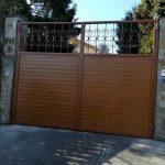 puerta-abatible-panel-sandwich-2