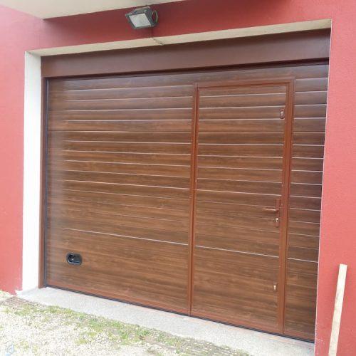 puerta-automatica-seccional-efecto-madera-1