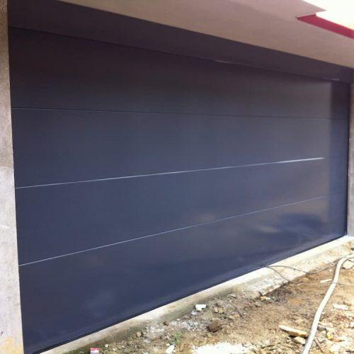 puerta-automatica-seccional-panel-superliso-negro