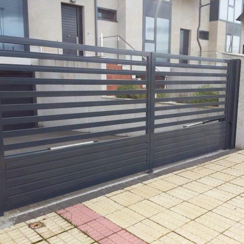 puerta-corredera-acero-galvanizado-gris