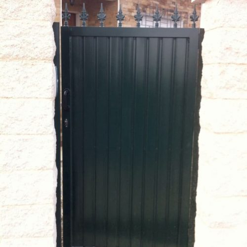 puerta-peatonal-acero-galvanizado