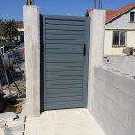 puerta-peatonal-acero-galvanizado-negro