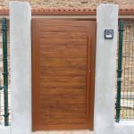 puerta-peatonal-imitacion-madera