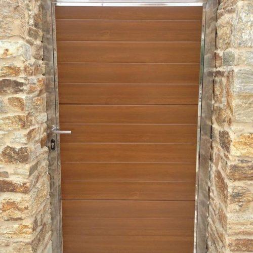 puerta-peatonal-marco-inox
