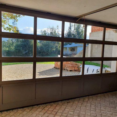 puerta-seccional-cristal-interior