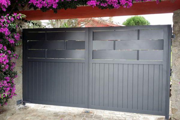 puerta-abatible-aluminio-modelo-fortaleza