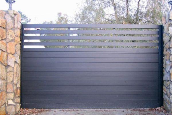 puerta-automatica-corredera-aluminio-modelo-tableado